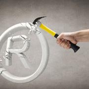 La contraffazione: costi, effetti negativi e possibili rimedi